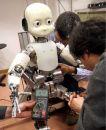 iCub – робот-ребенок из Европы