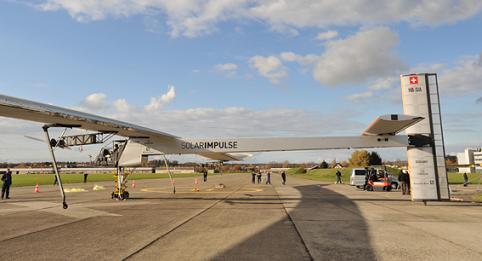 Solar Impulse, Самолет