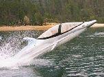 Лодка-дельфин для экстремалов (+видео)
