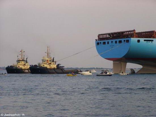 Emma Maersk - ����� �������� ������������� � ����