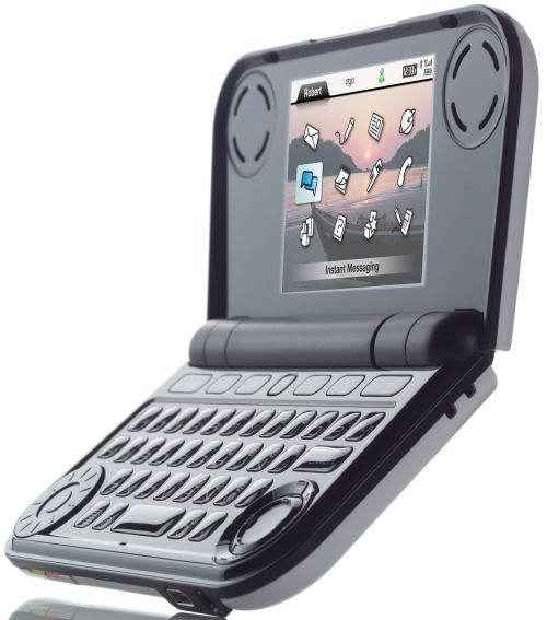 IXI Mobile начинает продажи Ogo2.0