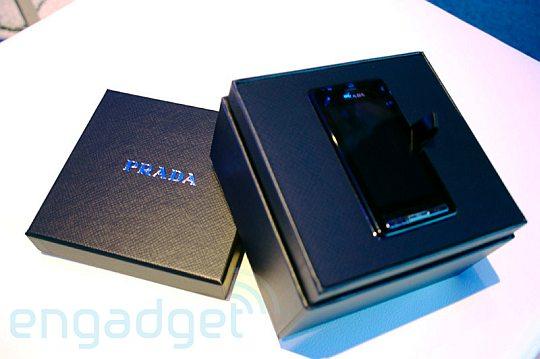 LG Prada – живые фото и первые впечатления