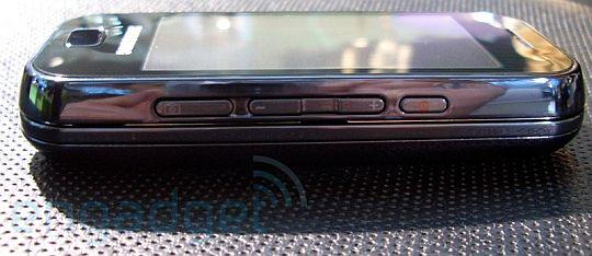 Samsung F700 � ����� ���� � ������ �����������