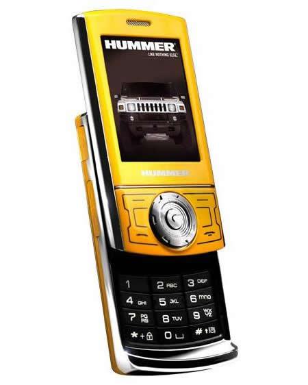 Hummer HT1 – очередной «автомобильный» телефон