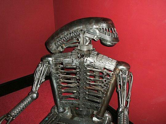Alien Furniture � ������������ ������ �� �����������