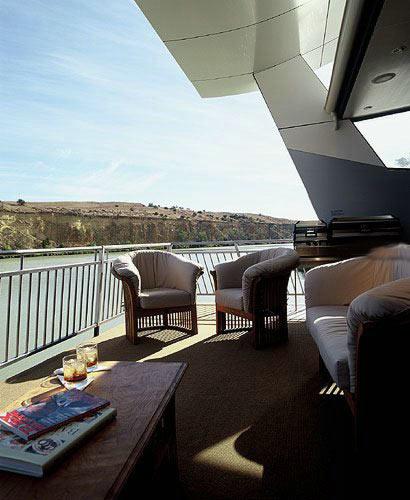 Потрясающая 5-звездочная гостиница на воде