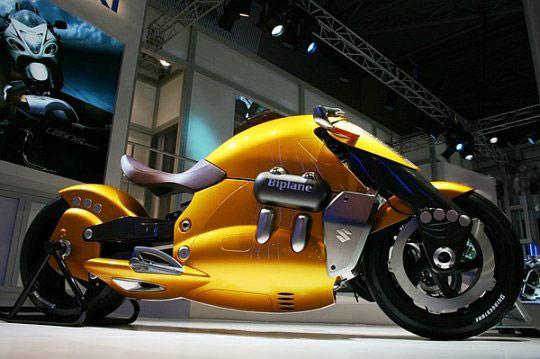 Suzuki Biplane – удивительный футуристичный мотоцикл