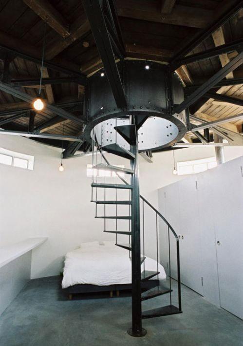 Шикарное жилище в.. водонапорной башне