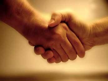 Здоровье поцелуй рукопожатие болезнь