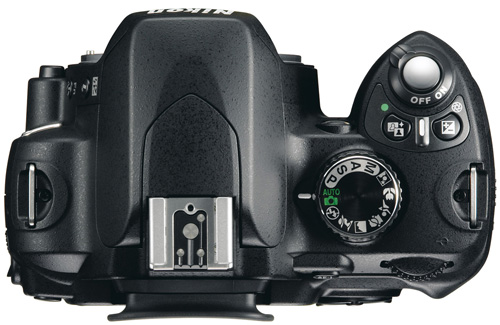 Цифрозеркалка Nikon D60 для фотолюбителей