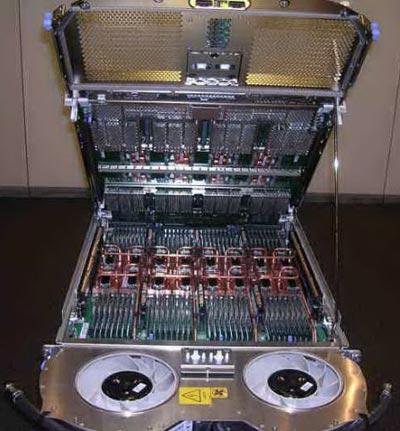 Самый быстрый в мире UNIX-компьютер IBM
