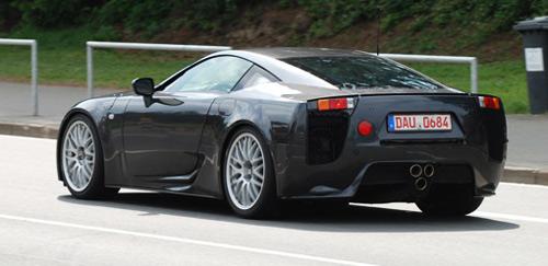 Lexus LF-A проходит испытания