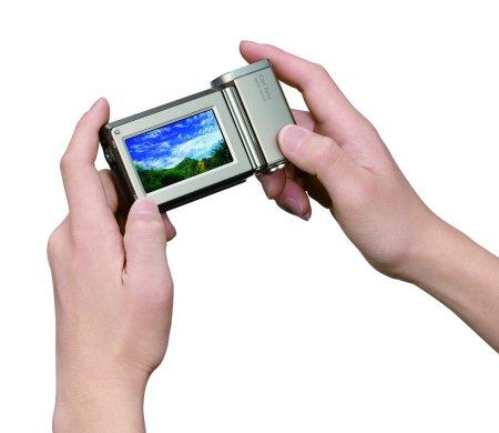 Sony Handycam HDR-TG1E: маленькая Full HD камера