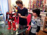 Японский костюм для управления роботом