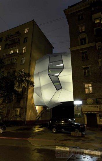 В Москве замечен офис-паразит