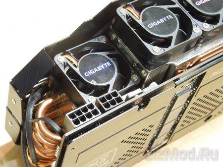 Видеокарта Gigabyte GTX 680 SOC с пятью вентиляторами