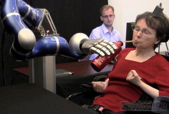 Управление робо-рукой силой мысли