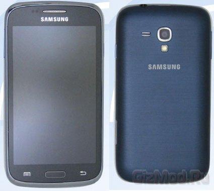 Фото смартфонов Samsung GT-i9082 и GT-i8262D