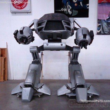 eBay выставила противника РобоКопа