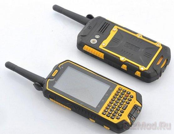 Живучий смартфон Runbo X3