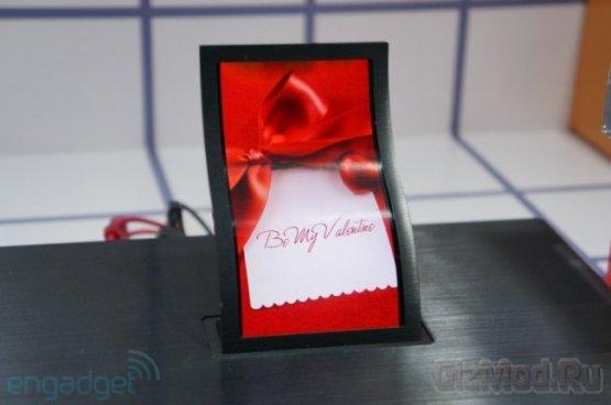 LG показала гибкий 5-дюймовый OLED-дисплей