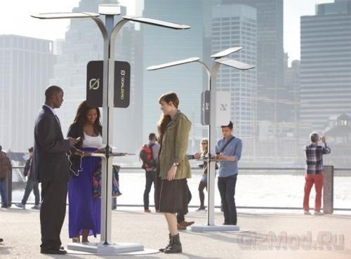 Солнечные зарядки на улицах Нью-Йорка