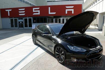 Tesla ��������� ��������� ������������