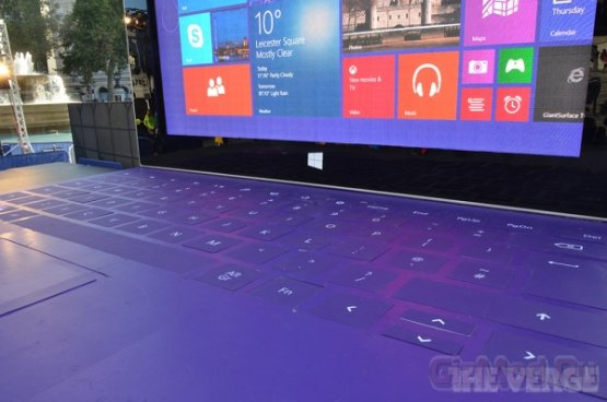 ���������� ������� Surface 2 � �������
