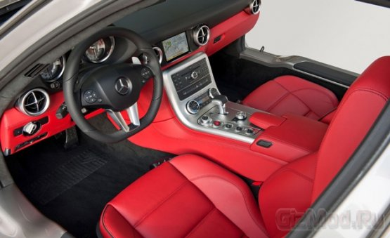 Apple CarPlay и Android в автомобилях Mercedes-Benz