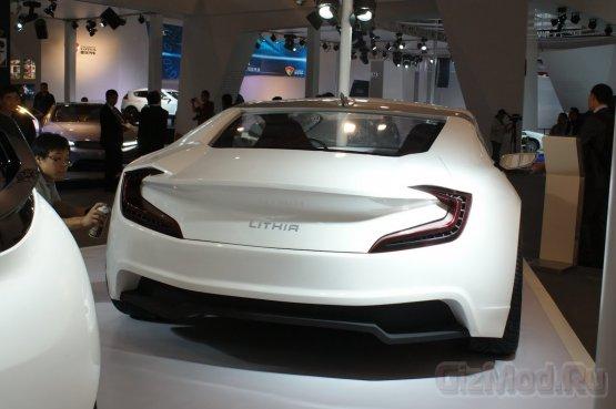 ��������� �������-�������� Event - ����� Tesla Model S
