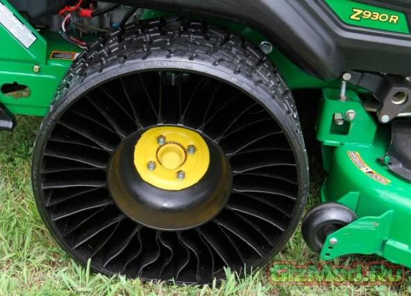 Безвоздушные шины от Michelin