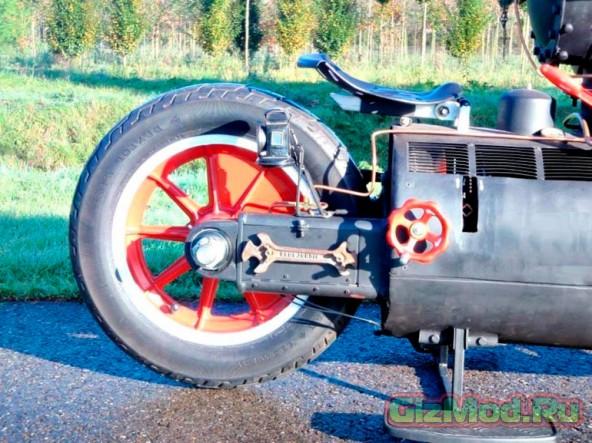 Мотоцикл на паровом двигателе