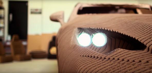 Картонный Lexus