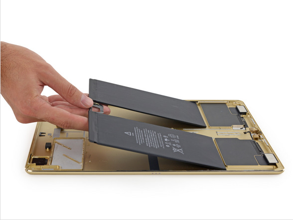 iFixit ����������� � ������� ����� Apple iPad Pro