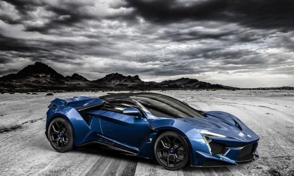 Суперкар Fenyr SuperSport родом из Дубая