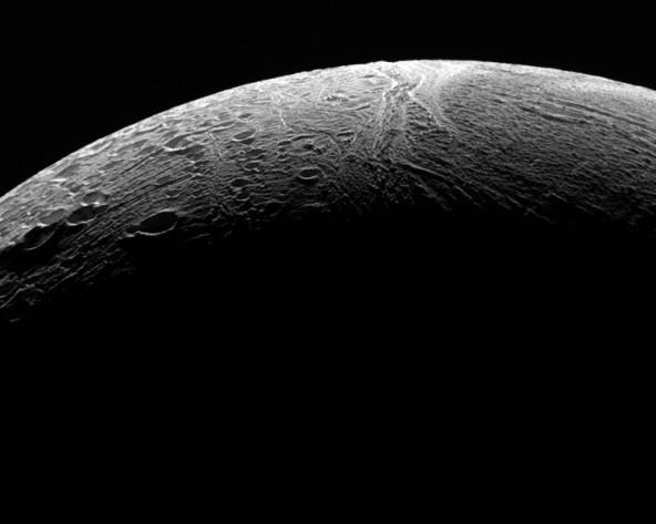 Последний пролет над Энцеладом