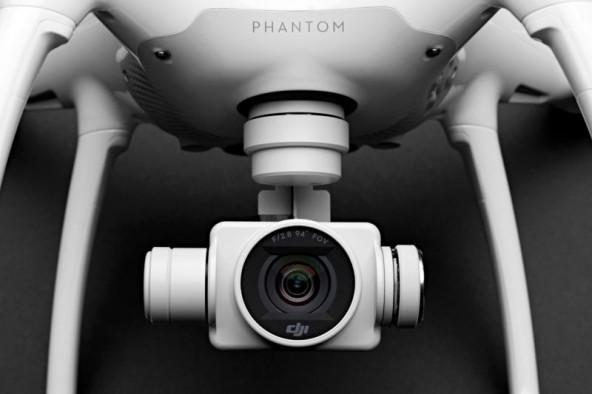 ������������ DJI Phantom 4