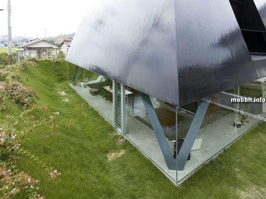 Дом, Пирамида, Makoto Tanijiri