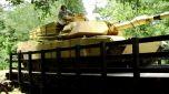 Пластиковый мост способен выдержать танк