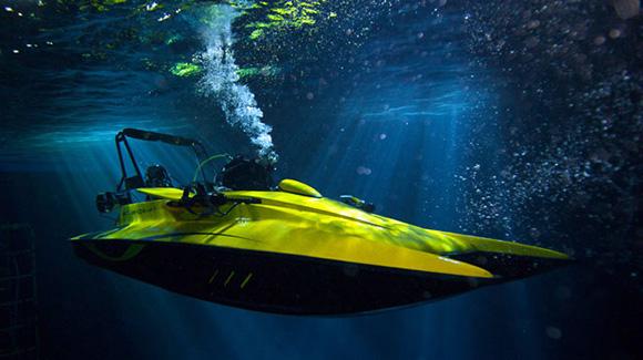 Реактивная лодка Scubacraft плавает и под водой