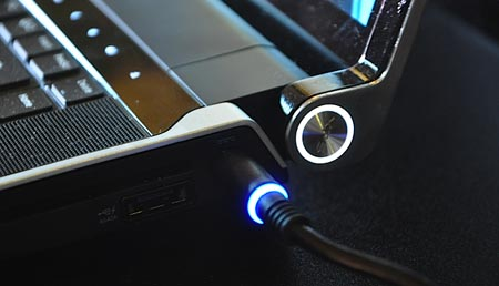 Dell, Studio XPS 16, OLED