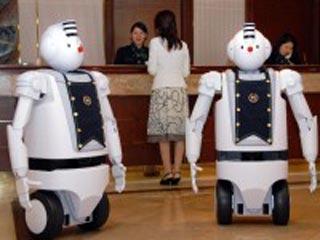 Робот, способный передвигаться в людской толпе