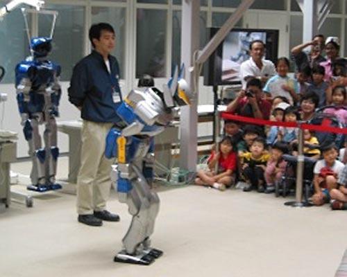 Робот-гуманоид