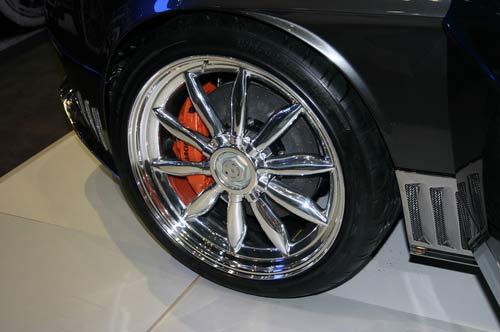 Spyker презентовал в Женеве кроссовер класса SSUV