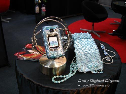 CeBIT'07: согрей свой мобильник!
