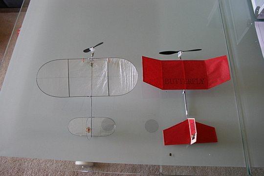 Самый маленький самолет на радиоуправлении в мире