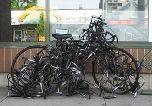 Памятник похищенным велосипедам