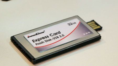InnoDisk 32GB Flash Disk: накопитель с USB и ExpressCard