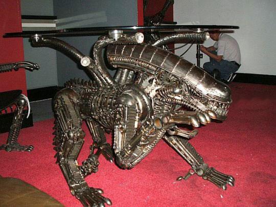Alien Furniture – дизайнерская мебель из металлолома