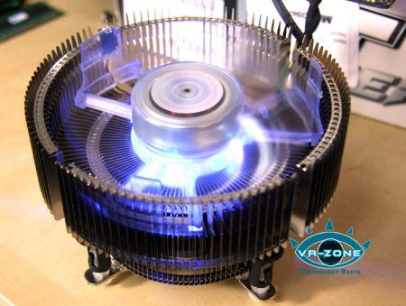Новый боксовый кулер для процессоров Core 2 Extreme